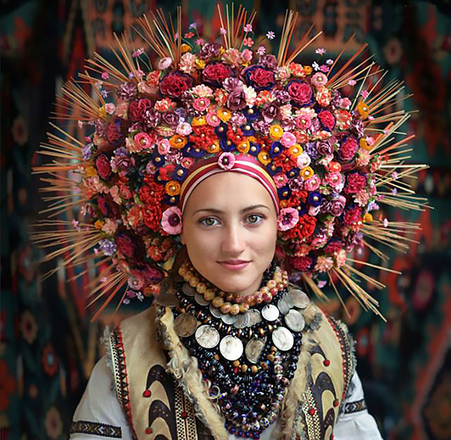 traditional-ukrainian-flower-crowns-treti-pivni-thumb640